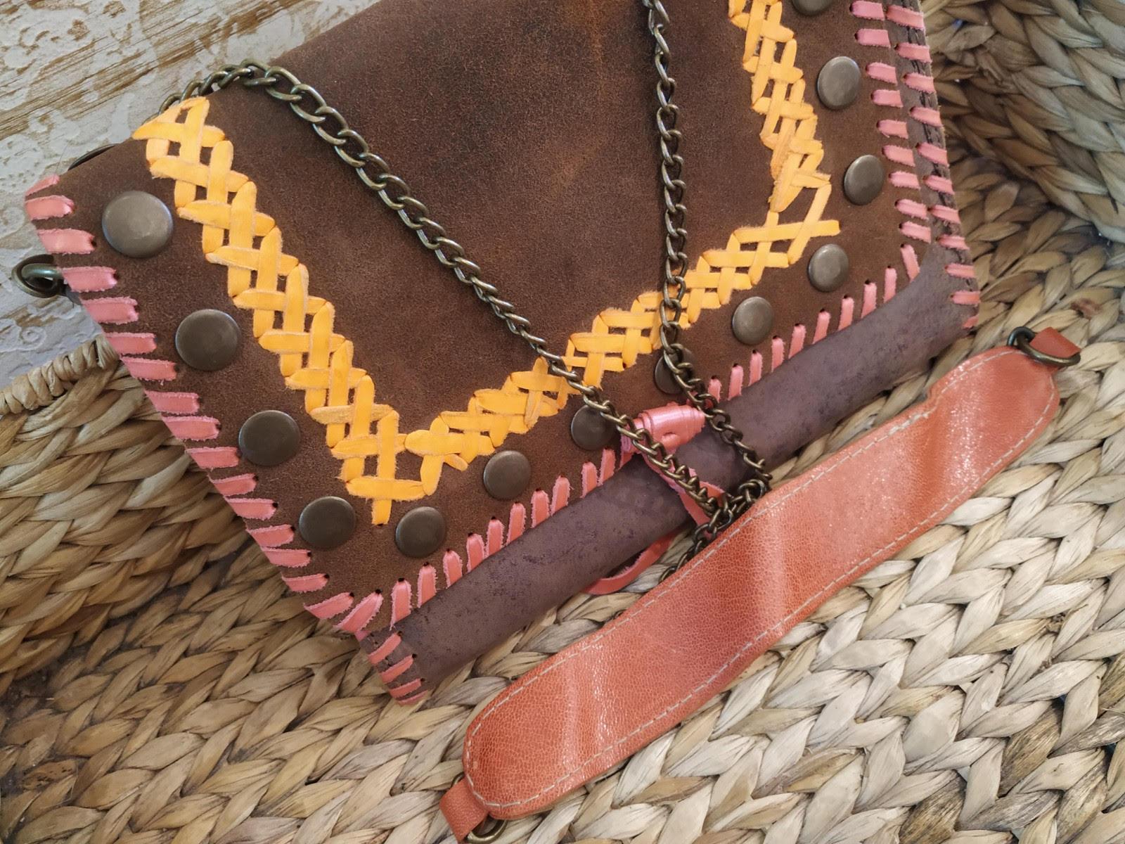 miuma-sobre-tachas-marron-complementos-moda-cambrils(4)
